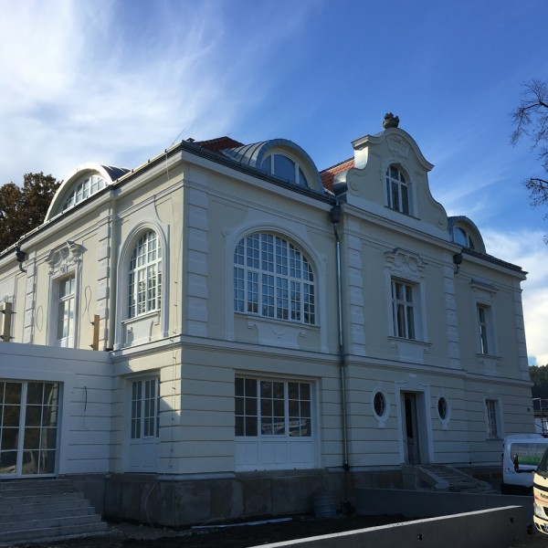 Villa D-Frontansicht